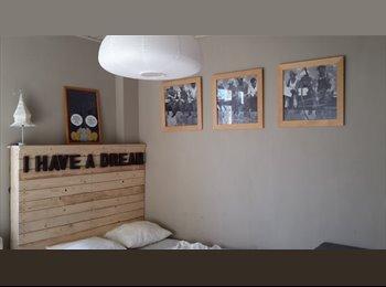 Appartager BE - Chambre lumineuse, Arlon - 380 € / Mois