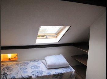 Appartager BE - Chambre à Arlon ville proximité de la gare, Arlon - 400 € / Mois
