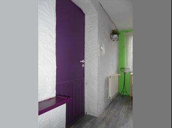 Appartager BE - Chambre à Louer pour jeune femme/etudiante ds maison familiale, Gembloux - 290 € / Mois