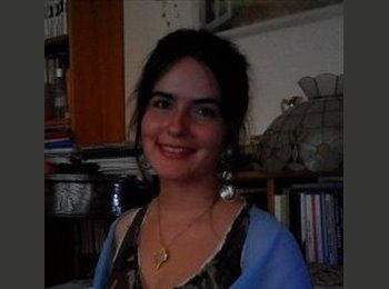 Emiliya - 27 - Salarié