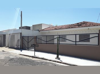 EasyQuarto BR - HOME FLAT PENSAO UNIVERSITARIAS UNESP ou UNIMAR, Marília - R$ 650 Por mês