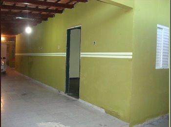 EasyQuarto BR - Alugo Kitnets no CPA 2, Esquina com a Av. Brasil - Região Sul, Cuiabá - R$ 400 Por mês