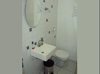 EasyQuarto BR - QUARTO MOBILIADO - PROX.METRO PINHEIROS - Pinheiros, São Paulo capital - R$ 1.200 Por mês