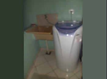 Quarto mobilhado Metrô Saúde WI-FI coz Máquina