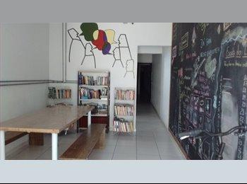EasyQuarto BR - More pertinho do Terminal Pinheiros/ metrô Faria Lima!! - Pinheiros, São Paulo capital - R$ 650 Por mês