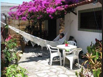 EasyQuarto BR - Apartamento em Manaira a 100 mt. da praia, João Pessoa - R$ 1.200 Por mês