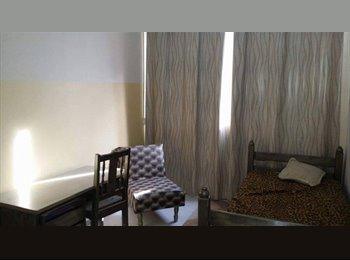 EasyQuarto BR - Quartos - Londrina, Londrina - R$ 350 Por mês