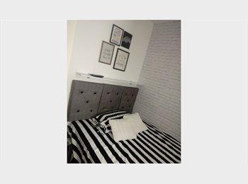 EasyQuarto BR - Confortável Suíte mobiliada - Botafogo, Rio de Janeiro (Capital) - R$ 1.600 Por mês