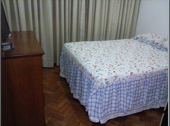 EasyQuarto BR -  LINDO QUARTO PARA ESTUDANTE EM COPACABANA 1700, FAÇO TEMPORADA CURTA - Copacabana, Rio de Janeiro (Capital) - R$ 1.700 Por mês