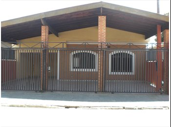 EasyQuarto BR - alugo quarto suite 5min. centro c/garagem agua luz - São José dos Campos, São José dos Campos - R$ 600 Por mês