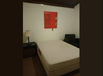 EasyQuarto BR - locação de quarto / casa em condomínio ,3 min.Shopp. Iguatemi, São José do Rio Preto - R$ 430 Por mês