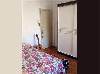 EasyQuarto BR - QUARTO NO FLAMENGO TEMPORADA - Flamengo, Rio de Janeiro (Capital) - R$ 1.700 Por mês