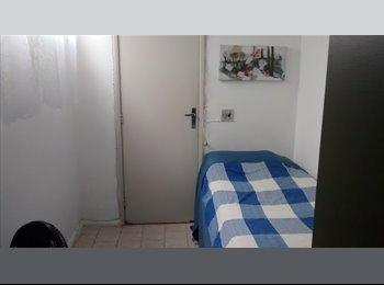 EasyQuarto BR - Quarto Zona Sul - Botafogo, Rio de Janeiro (Capital) - R$ 1.250 Por mês