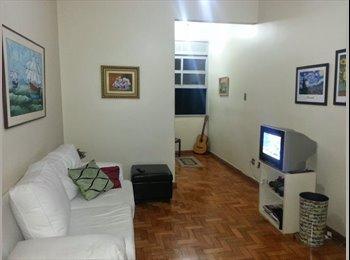 Dividir apartamento no Humaitá