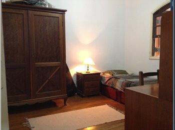 EasyQuarto BR - Casa Térrea Próximo à USP - Butantã, São Paulo capital - R$ 850 Por mês