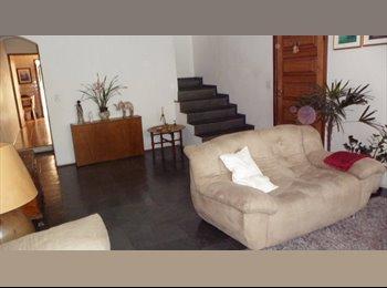 EasyQuarto BR - ALUGO QUARTO MOBILIADO (SUITE)  COM GARAGEM - Jabaquara, São Paulo capital - R$ 1.000 Por mês