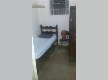 EasyQuarto BR - dce mobiliado com banheiro privativo, Belo Horizonte - R$ 500 Por mês