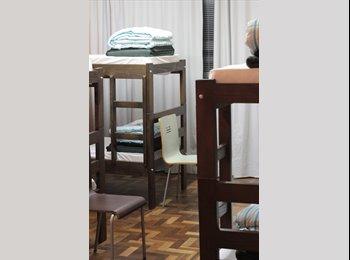 Venha se hospedar no Freedom Curitiba Hostel