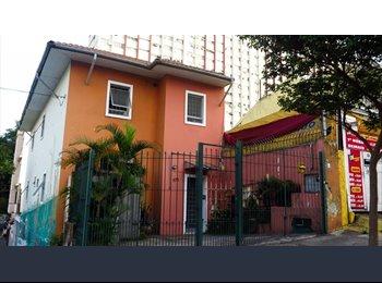 EasyQuarto BR - Quarto de casal /+ quartos individuais e suite - Vila Mariana, São Paulo capital - R$ 1.250 Por mês