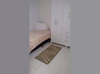 Aluguel de quarto Feminino- bairro Portão (shop Palladium)