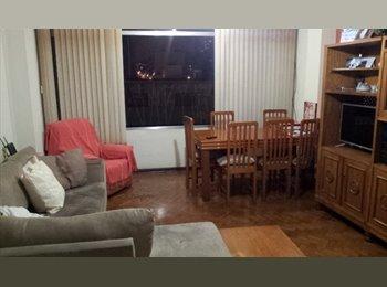 Individidual/Ambiente Familiar a  1 quadra do Metrô Santana