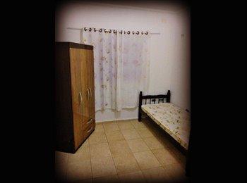 15min do Centro. Quarto Individual/Casal Mobiliado