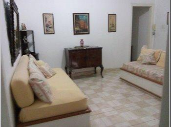 EasyQuarto BR - QUARTO INDIVIDUAL P/ MOÇA - Vila Mariana, São Paulo capital - R$ 1.100 Por mês