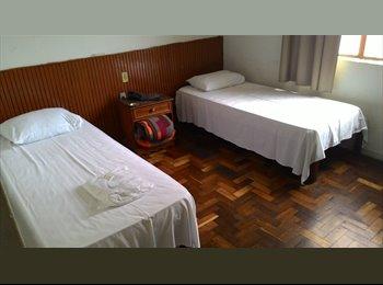 EasyQuarto BR - Vaga em Suite de Hotel no Centro de Juiz de Fora - Outros, Juiz de Fora - R$ 1.050 Por mês