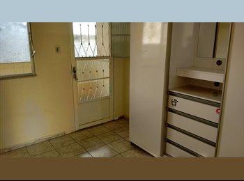EasyQuarto BR - Quarto na vila - Vila Isabel, Rio de Janeiro (Capital) - R$ 800 Por mês