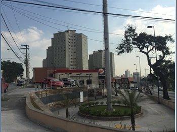 EasyQuarto BR - Divido apartamento em Santo André - Santo André, RM - Grande São Paulo - R$ 650 Por mês