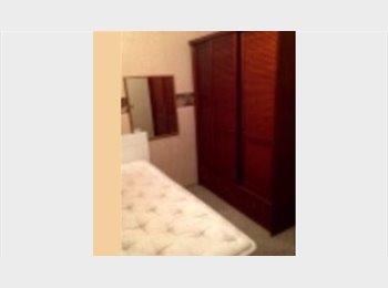 EasyQuarto BR - Alugo quarto para mulher - Bela Vista, São Paulo capital - R$ 1.200 Por mês