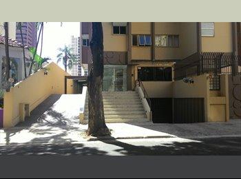 EasyQuarto BR - quarto para moças - Londrina, Londrina - R$ 560 Por mês