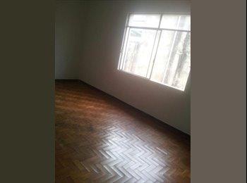 EasyQuarto BR - Quarto individual ENORME, com entrada privativa - Outros Bairros, Belo Horizonte - R$ 600 Por mês