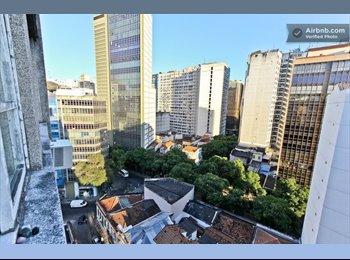 EasyQuarto BR - Hospedagem para uma estudante no Centro - Castelo, Rio de Janeiro (Capital) - R$ 600 Por mês