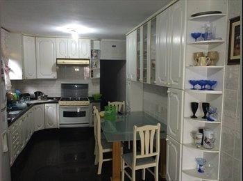 EasyQuarto BR - CASA FAMILIAR com vários quartos mensal/diária - Santo André, RM - Grande São Paulo - R$ 600 Por mês