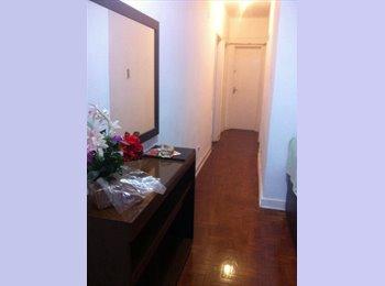 EasyQuarto BR - Quarto para alugar - Liberdade, São Paulo capital - R$ 800 Por mês