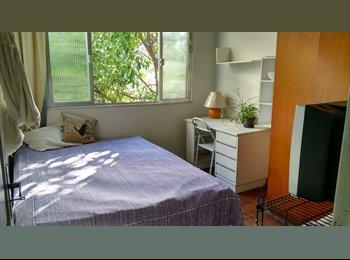 EasyQuarto BR - Suite mobiliada em Botafogo - Botafogo, Rio de Janeiro (Capital) - R$ 1.300 Por mês