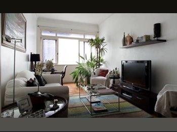 EasyQuarto BR - Ótimo apartamento para dividir no melhor ponto de Copacabana - Copacabana, Rio de Janeiro (Capital) - R$ 1.650 Por mês