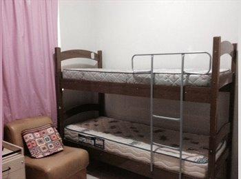 EasyQuarto BR - RESIDENCIA NA SAVASSI POR 360,00, Belo Horizonte - R$ 360 Por mês