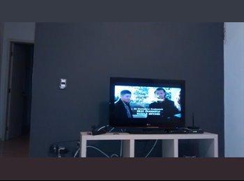 EasyQuarto BR - VAGA EM APÊ NA AV ITÁLIA - TAUBATÉ - Taubaté, São José dos Campos - R$ 400 Por mês