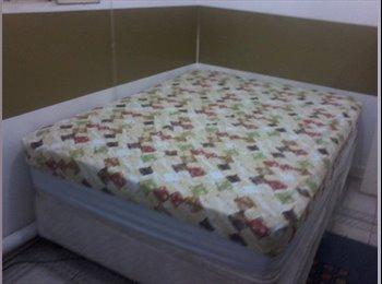 Suite banheiro privativo sacada cama box casal molas Vila...