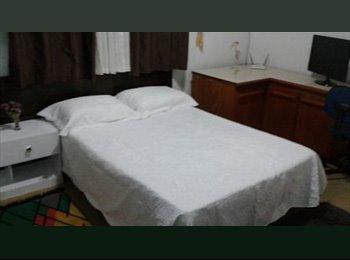 Quarto e banheiro conjugado (suite)