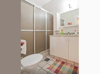 EasyQuarto BR - Dois quartos em laranjeiras  - Laranjeiras, Rio de Janeiro (Capital) - R$ 1.000 Por mês