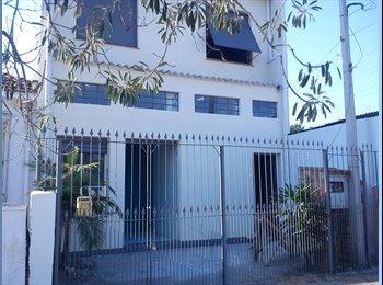EasyQuarto BR - Hostel do Porto  - Zona Norte, Porto Alegre - R$ 350 Por mês