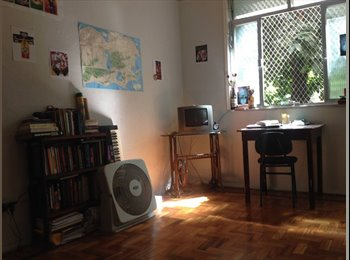 EasyQuarto BR - Vaga em quarto duplo - Santa Teresa, Rio de Janeiro (Capital) - R$ 700 Por mês
