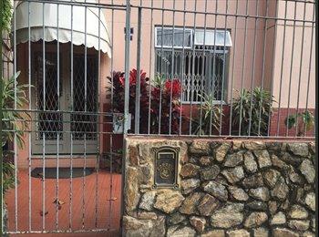 EasyQuarto BR - Alugo Quartos para moças - Tijuca, Rio de Janeiro (Capital) - R$ 850 Por mês