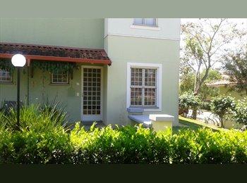 EasyQuarto BR - Quarto sem mobília - Casa em condomínio - Sumaré, RM Campinas - R$ 550 Por mês