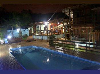 EasyQuarto BR - Curitiba Eco Village - Ecoville, Curitiba - R$ 800 Por mês