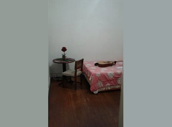 quarto para casal ou amig(o)(a)s para  02 pessoas perto...
