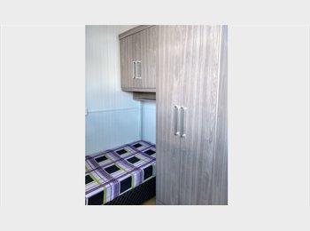 Quarto com Banheiro - Cidade Baixa  - Próx. Ufrgs Centro